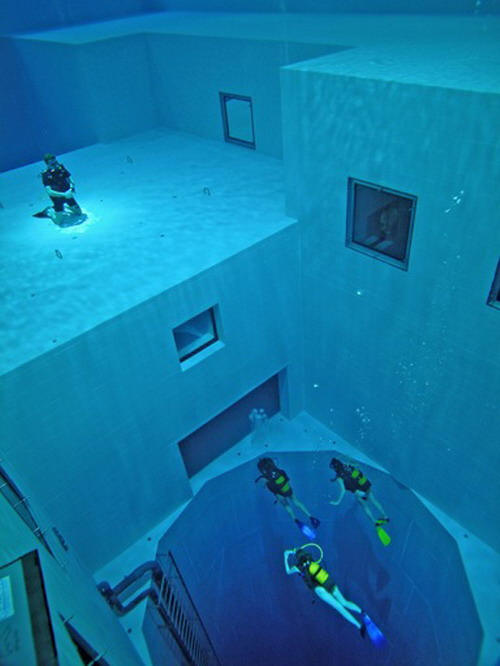 The Deepest Man Made Swimming Pool In The World You Ll Sh T Your Pants When You See This